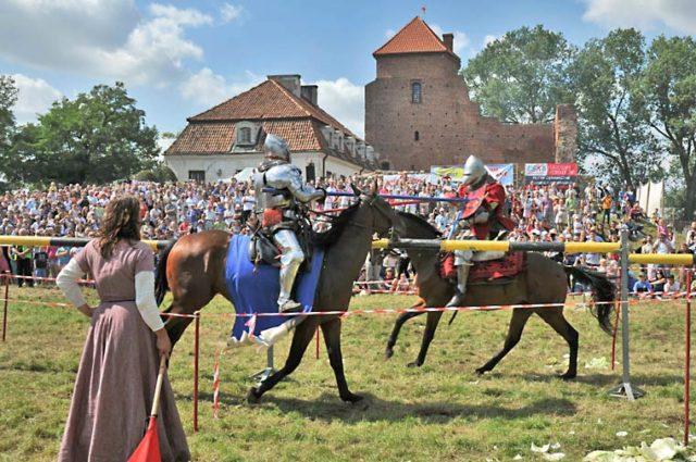 turniej rycerski przy zamku Gryf