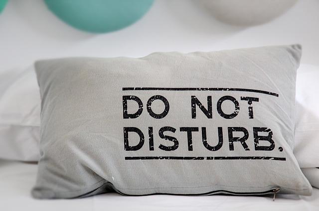 poduszka z napisem